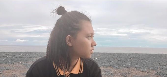 "Arini Ronsulangi Si ""Ratu Sastra"" Di Kalangan Anak Teknik"