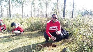 Kapolres Gowa Bersama 20 Personil Lakukan Penanaman Pohon di Gunung Bawakaraeng