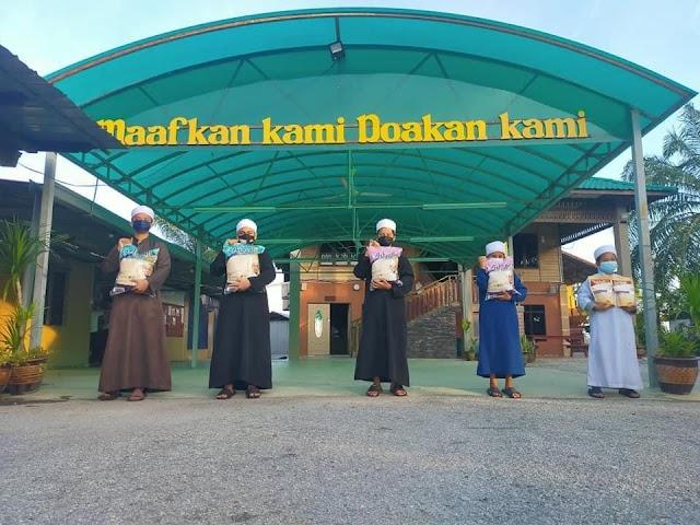 Infaq Beras Ashraffi for Pondok Motivasi Hamlatul Quran Lilbanin Sustainability.