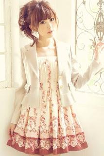 http://ameblo.jp/lizlisa-official/entry-11916052674.html