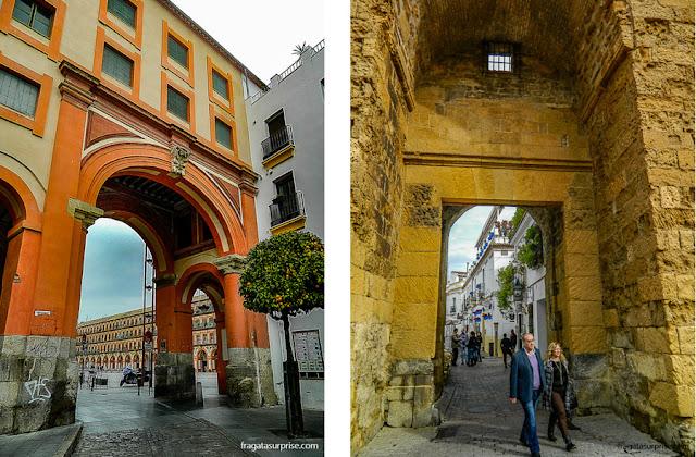 Córdoba: entrada da Plaza de la Corredera e a Porta de Almodóvar, principal acesso à Judería