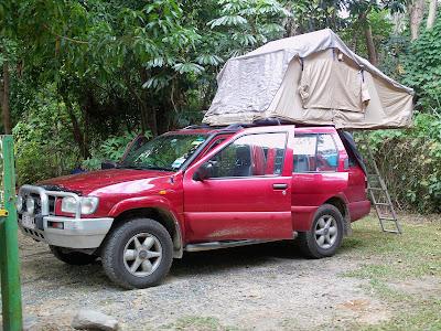 Auto con tenda