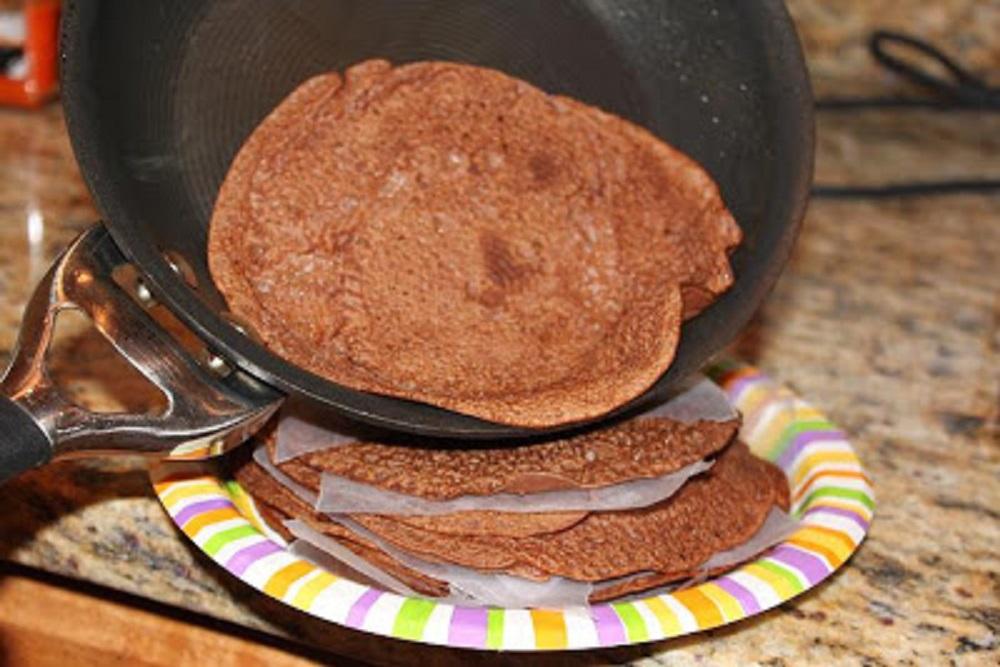 Chocolate Nutella Banana Crepes with Kahlua Fudge Sauce