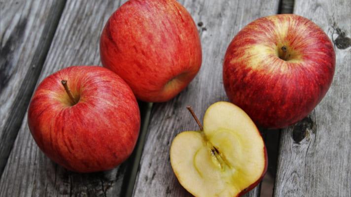 فوائد التفاح المختلفة ولماذا عليك تناوله