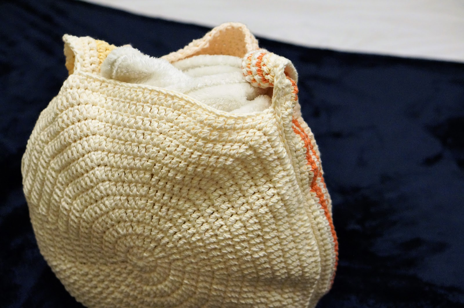 How To Crochet A Straw Bag
