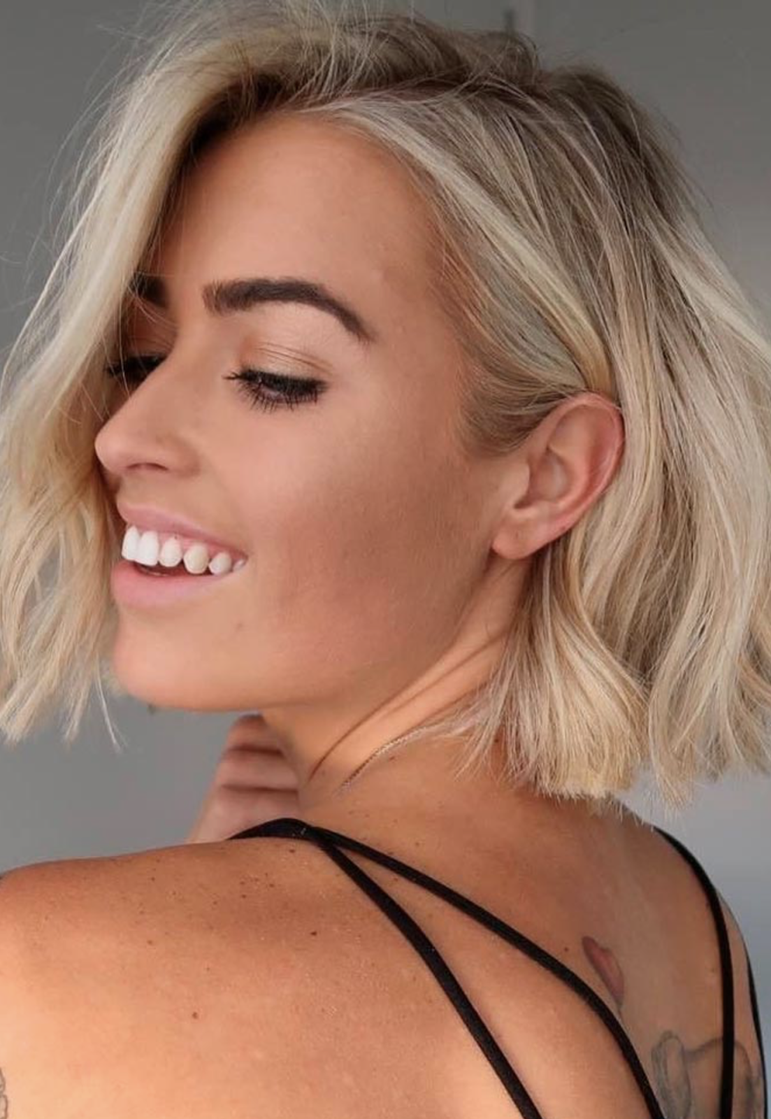 Latest Short Hairstyles For Women Look Sexy In 2019