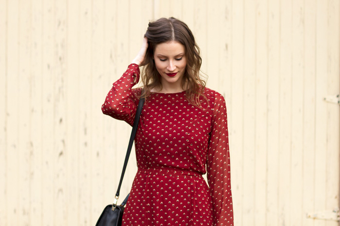 Vancouver Fashion Blogger, Alison Hutchinson featuring what to wear on Valentine's Day