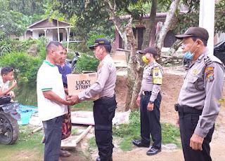 Kapolresta Deliserdang Berikan Bantuan ke Korban Longsor di Bangunpurba