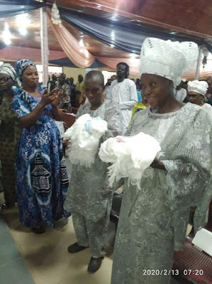 LO GAN TIO DE! Nigerian couple celebrate as they  welcome twins after 31 years of marriage