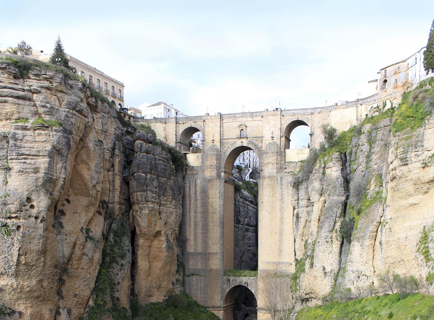 Мост Пуэнте-Нуэво в Ронда, Испания
