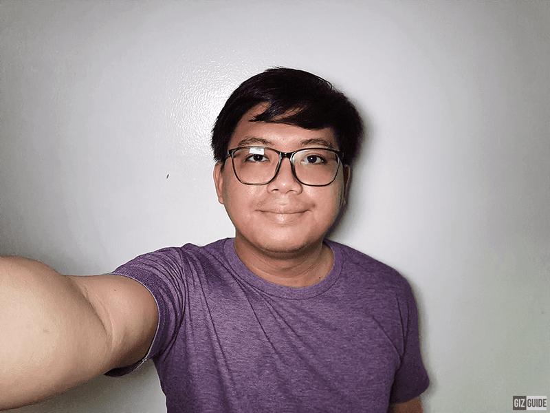 Night mode with screen flash
