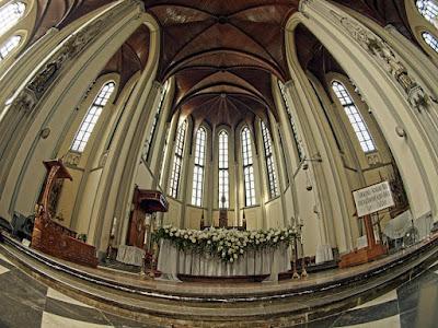 Gereja Cathedral Jakarta, dalam aplikasi 360 VR