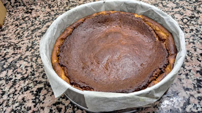 sacamos la tarta del horno