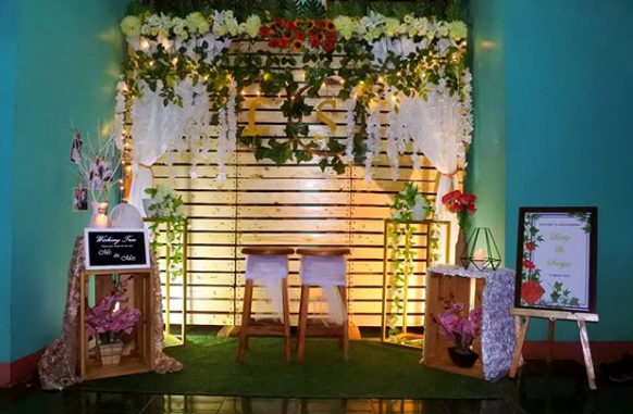 Contoh Model Backdrop Photobooth Pernikahan