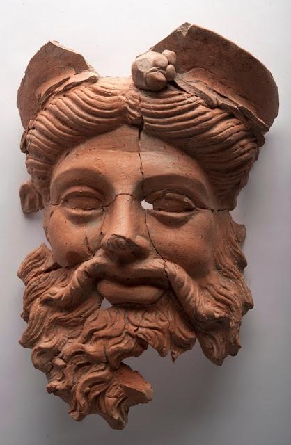 Πήλινη μάσκα του Θεού Διονύσου βρέθηκε στο αρχαίο Δασκύλιον