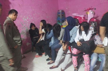 Perayaan Tahun Baru di Padang, 26 Pasang Remaja Terjaring Satpol PP