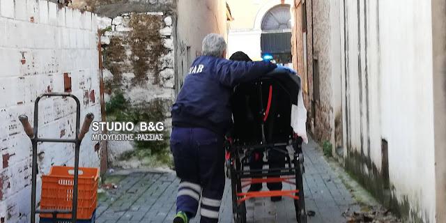 Συναγερμός από την αστυνομία στο Άργος για γυναίκα που εντοπίσθηκε μαχαιρωμένη