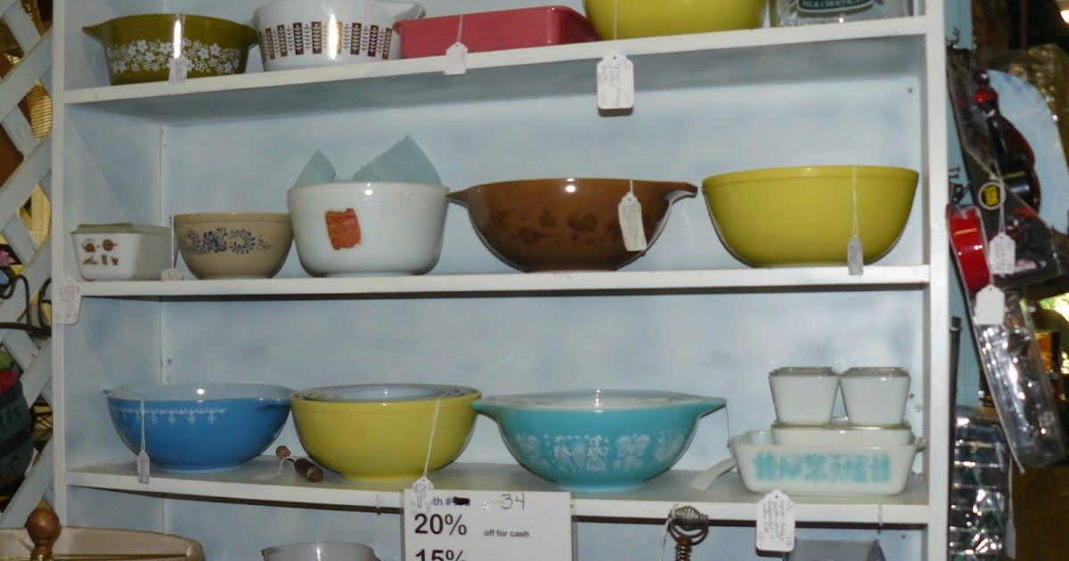 SCRANBERRY COOP : Pyrex at Scranberry Coop Antique Store ...