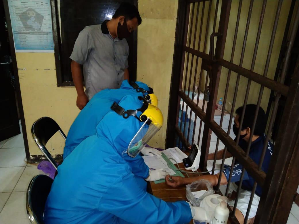 Polres Gumas Gelar Rapid Test untuk Tahanan