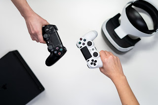 أكدت شركة Sony أن PS5 ستصدر معها لعبة Demon's Souls و Sackboy و غيرها.