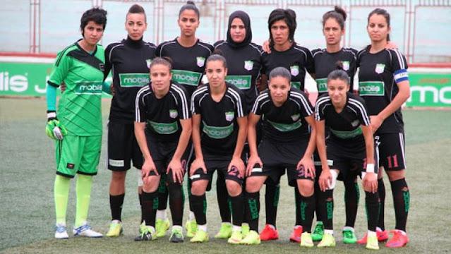 """فريق جزائري للإناث يحتج بشدة ويهدد بعدم استكمال المباراة والسبب نقل اللقاء على قناة """"العيون المغربية""""!!"""
