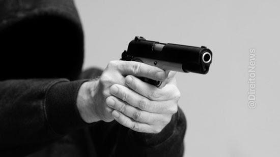 tj reajusta pena arma brinquedo assalto