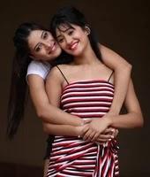 शिवांगी जोशी अपनी बहन के साथ
