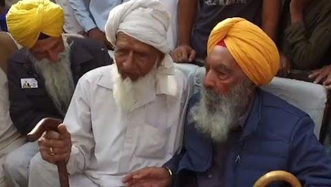 ভারতের শিখ নেতা প্রিয় সঙ্গীর সন্ধানে পাকিস্তানের উপজাতি শহর পরিদর্শন করেছেন