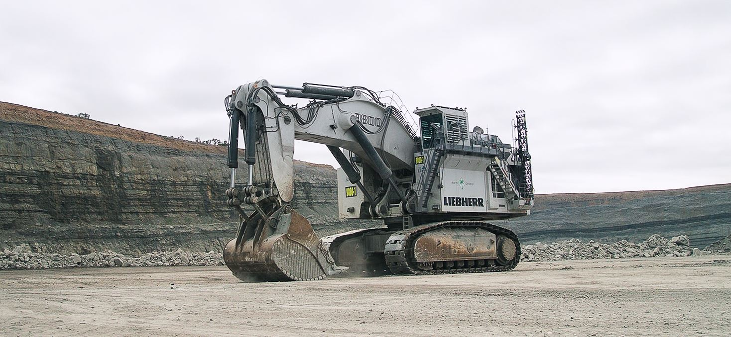 Just A Car Guy Lego Designers Solved A Tough But Fun Challenge Controlling One Of The World S Largest Excavators The Liebherr R 9800 Only Using Lego Technic Elements And The Lego Control