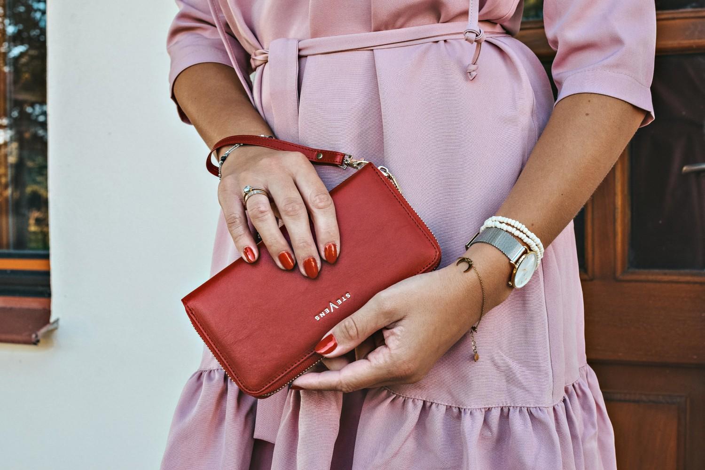 Damski, czerwony portfel