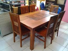Penggunaan Model Meja Makan Dari Kayu di IKEA