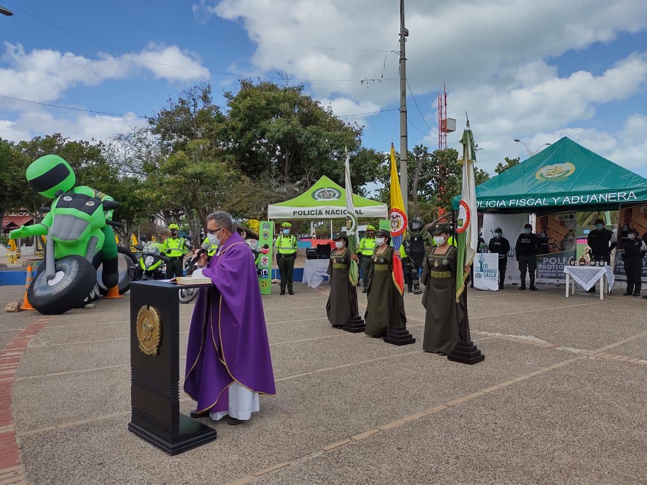 https://www.notasrosas.com/Semana Santa en La Guajira estará bajo la vigilancia de mil 800 uniformados de la Policía Nacional