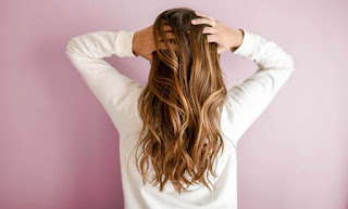 What Are Dandruff Causes