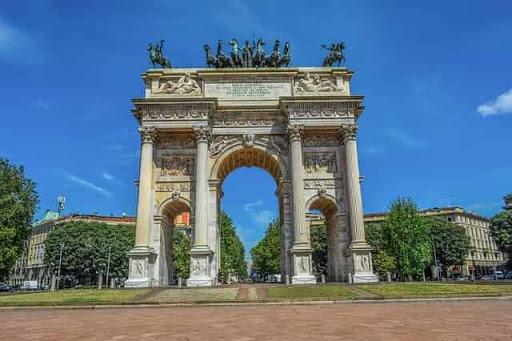 السياحة في ميلانو و افضل 10 اماكن سياحية