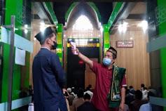 Patuh Protokol Kesehatan Warga Gelar Sholat Ied 1442 Hijriah di Masjid Al Mubarokah Khusus Warga Setempat