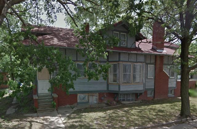 700 Elk Street, Beatrice, Nebraska • probable Sears Hawthorne