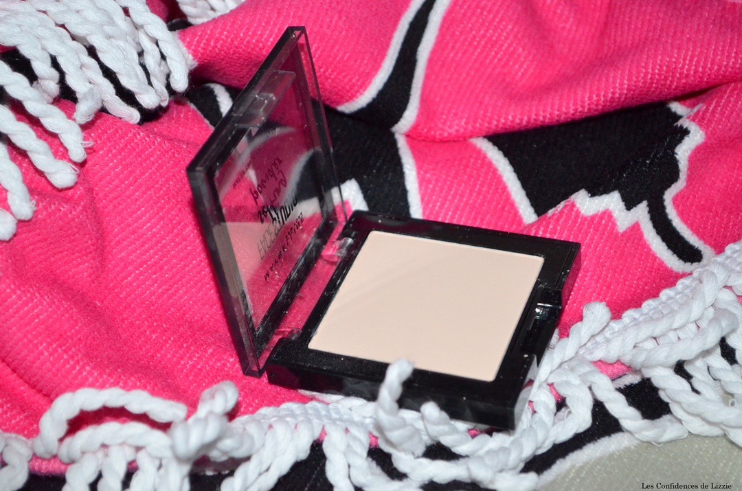 maquillage-teint-leger-estival-minimaliste