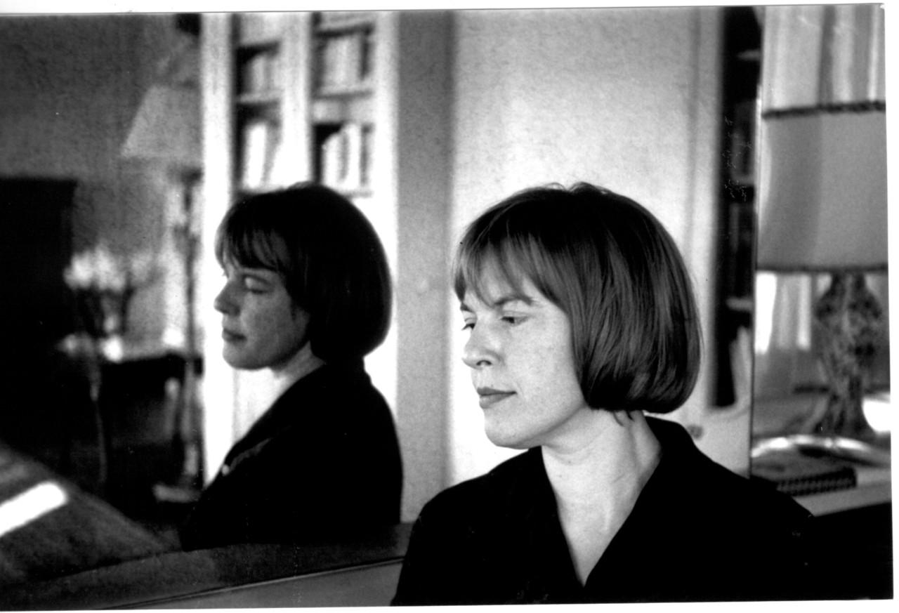 Solitary Dog Sculptor I Gedicht Poesia Ingeborg Bachmann