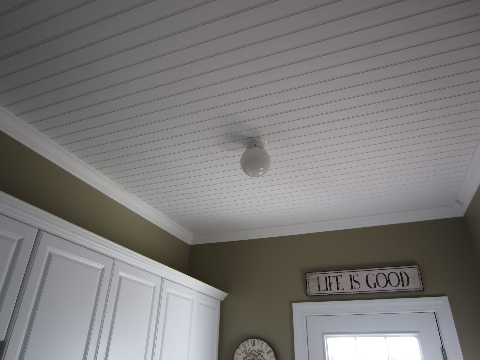 Beadboard Ceiling - Calypso in the Country blog