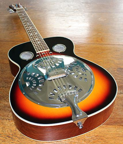 the big world blog martin smith acoustic round neck resonator guitar. Black Bedroom Furniture Sets. Home Design Ideas