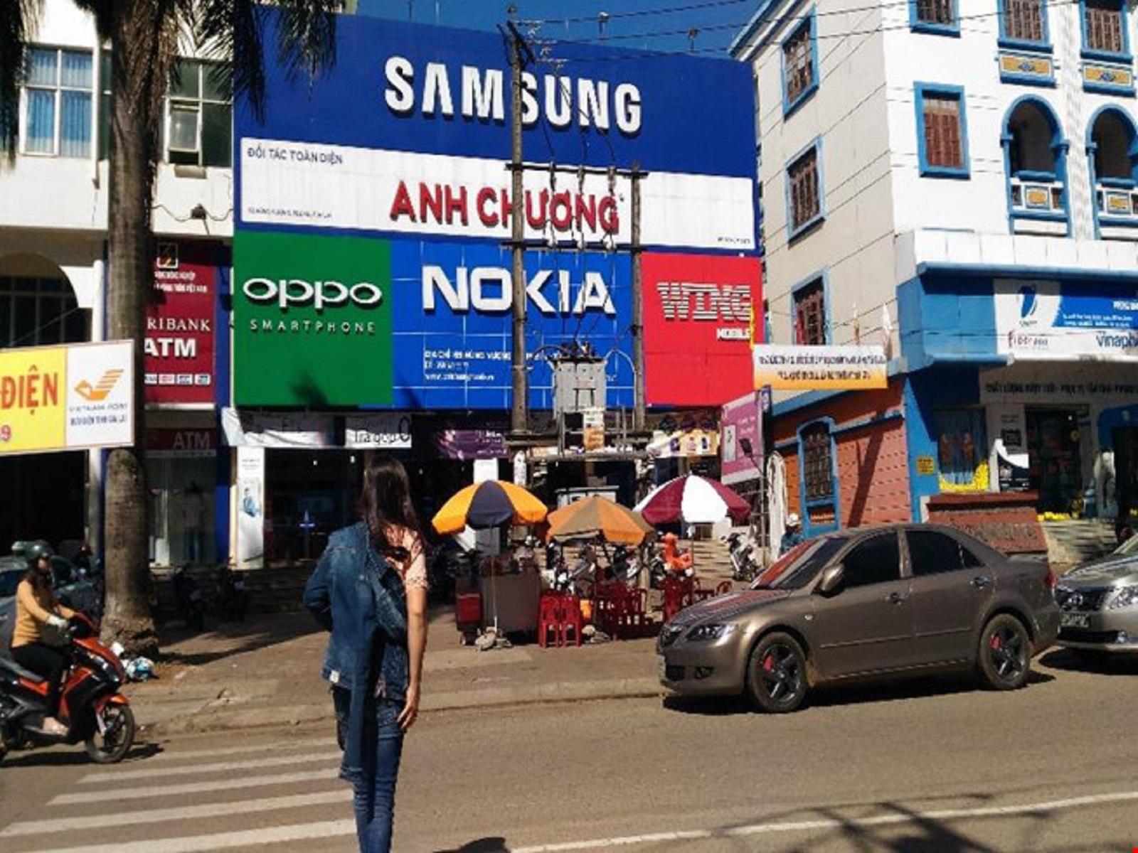 Gia Lai: Cửa hàng điện thoại 2 lần bị trộm viếng thăm