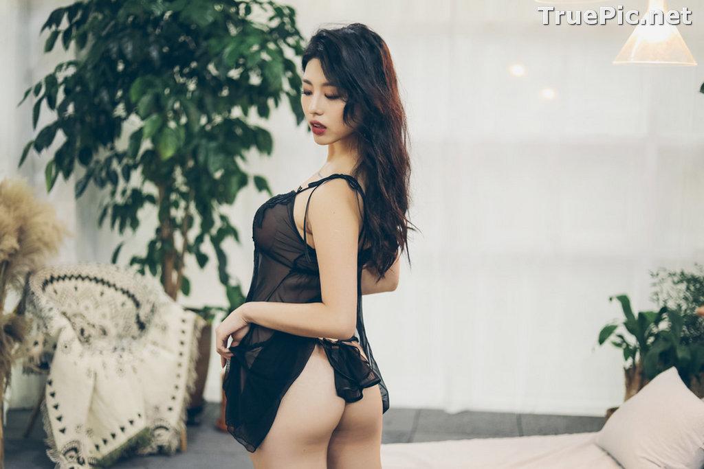 Image Jung Yuna - Korean Fashion Model - Black Transparent Lingerie Set - TruePic.net - Picture-6