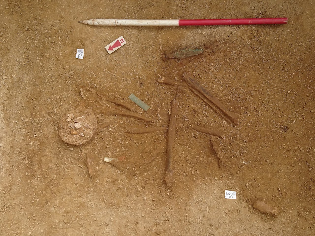 Bronze Age chieftain burial discovered in Gloucestershire