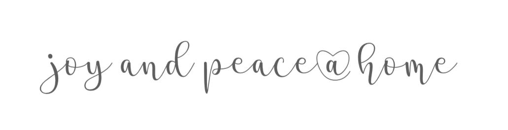 b cher nach farben sortieren joy and peace home. Black Bedroom Furniture Sets. Home Design Ideas
