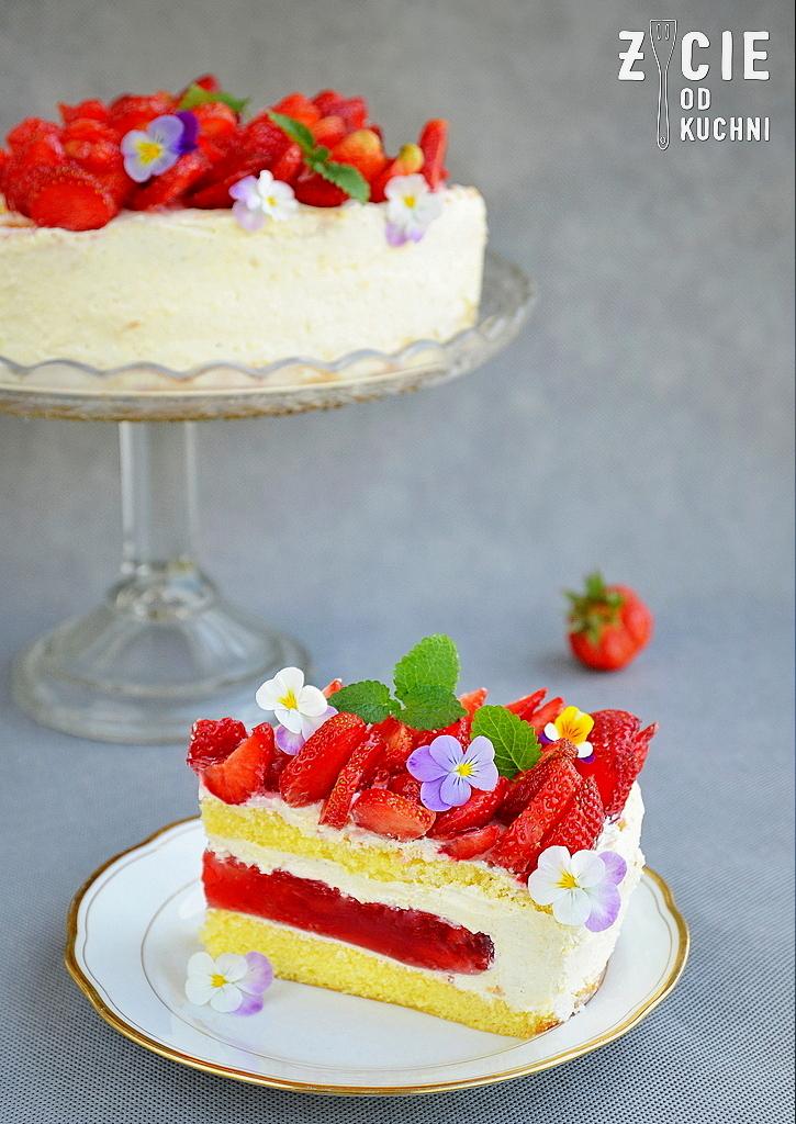 truskawkowy tort, tort z truskawkami, truskawki, letni tort, tort owocowy, sezonowe przepisy, lipiec, lipiec wkuchni, warzywa sezonowe lipiec, lipiec owoce sezonowe lipiec, lipiec warzywa sezonwe, sezonowa kuchnia, sezonowosc, zycie od kuchni, lipiec zestawienie przepisow, sezonowe przepisy, lipiec, lipiec wkuchni, warzywa sezonowe lipiec, lipiec owoce sezonowe lipiec, lipiec warzywa sezonwe, sezonowa kuchnia, sezonowosc, zycie od kuchni, lipiec zestawienie przepisow