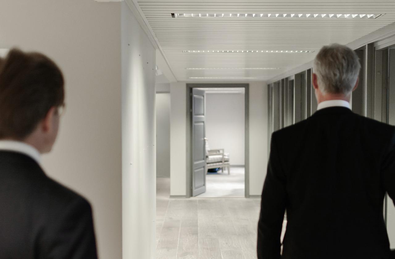 Cara Mengatasi Karyawan Yang Tidak Disiplin