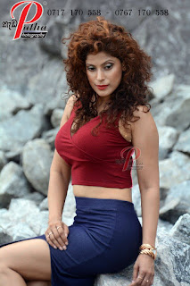 Aishara Athukorala thighs tight model