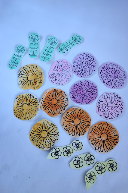 heart-shaped wreath, paper wreath, rubber stamps and ink pad, watercolor flowers, blah to TADA, crafty recycling, recycling crafts, spring wreath, Floral Heart Project