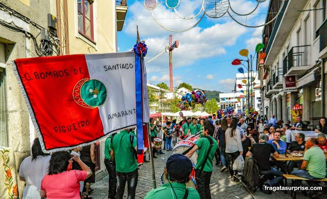 Grupo de bombos na Festa de São Gonçalo, Amarante, Portugal