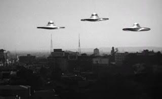 Los platillos voladores de Plan 9 del espacio exterior